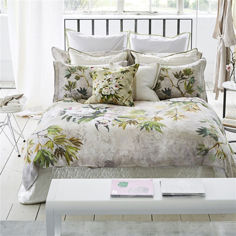 Designers Guild - Floreale Natural Standard Sham - BEDDG0854