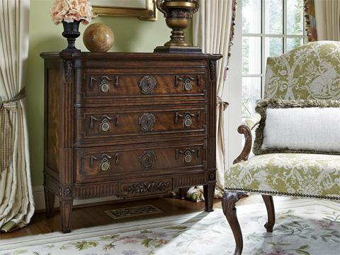 Fine Furniture Design - Hall Chest Vanderbilt - 1340-964