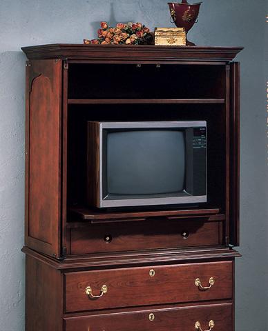 Harden Furniture - Hudson Valley Entertainment Center - 725