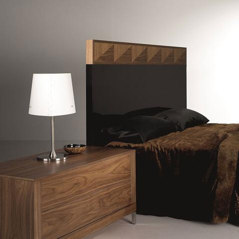 Hurtado - Bedside Table - 304942