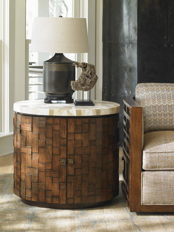 Lexington Home Brands - Banyan Oval Accent Table - 556-950