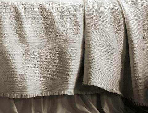 Lili Alessandra - Battersea Ivory Quilted Bedspread - LB807KSI