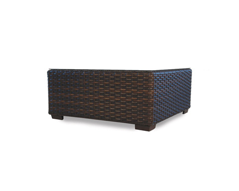 Lloyd Flanders - Contempo Cocktail Table with Lay on Glass - 38044
