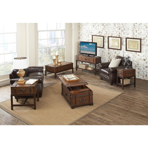 Riverside Furniture - Steamer Trunk Lift Top Coffee Table - 38703