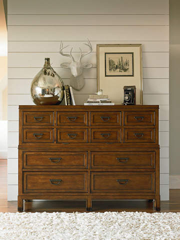 Thomasville Furniture - Master's Chest of Drawers - 82811-331