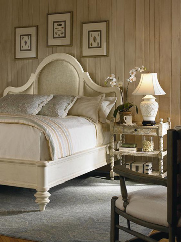 Century Furniture - Woodside King Manor Bed - T49-147