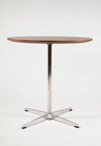 Control Brand - The Heerlen Side Table - FET0319BWALNUT