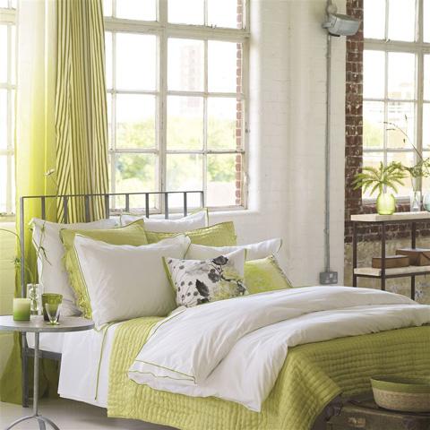 Designers Guild - Astor Moss Queen Duvet Cover - BEDDG154