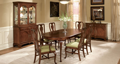Drexel Heritage - Small Dining Table - 153-620