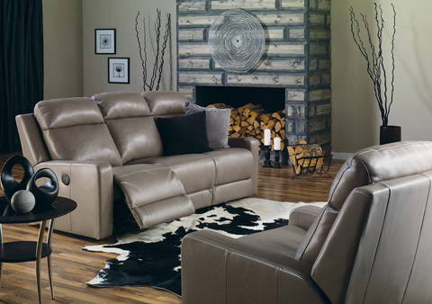 Palliser Furniture - Console Loveseat with Cup Holder - 41032-68