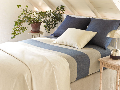 Pine Cone Hill, Inc. - Chambray Linen Ink Duvet Cover in Full/Queen - CHLIDCQ