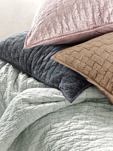 Pine Cone Hill, Inc. - Matte Velvet Glacier Quilt in Full/Queen - Q239GLFQ