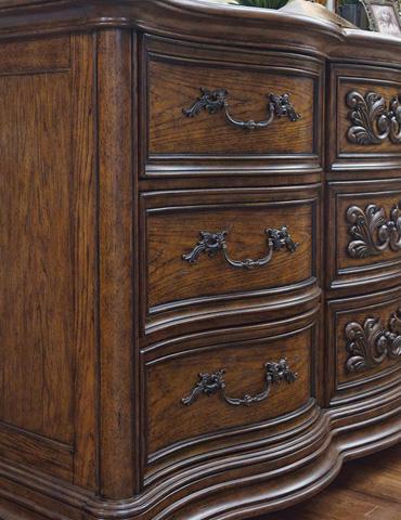 Pulaski - Cheswick Dresser - 729100