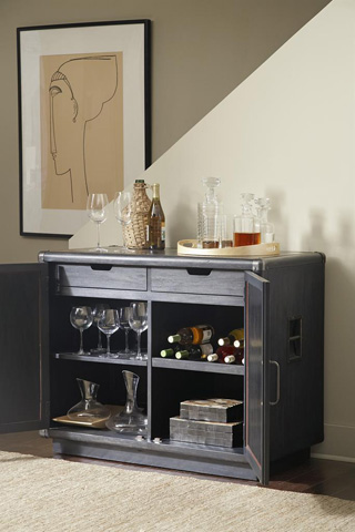 Pulaski - Vintage Tempo Bar Cabinet - 402304