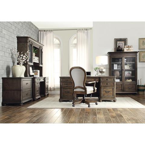 Riverside Furniture - Credenza with Hutch - 15833