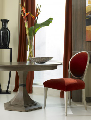 Hickory White - Paxton Single Pedestal Dining Table - 240-10