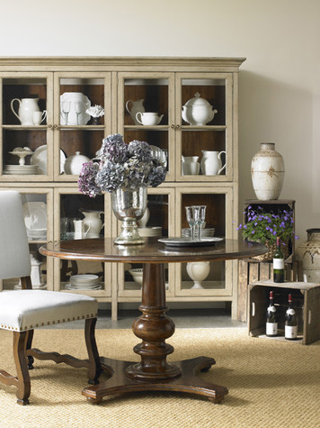 Hickory White - Display Cabinet - 860-44
