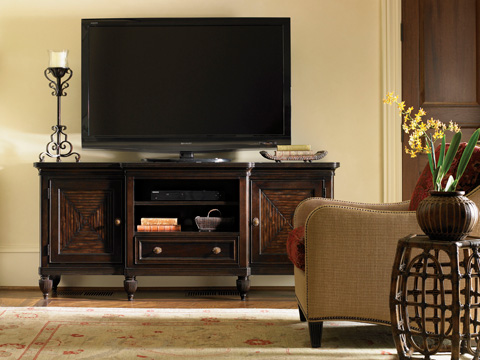 Tommy Bahama - Oval Reef Accent Table - 538-957