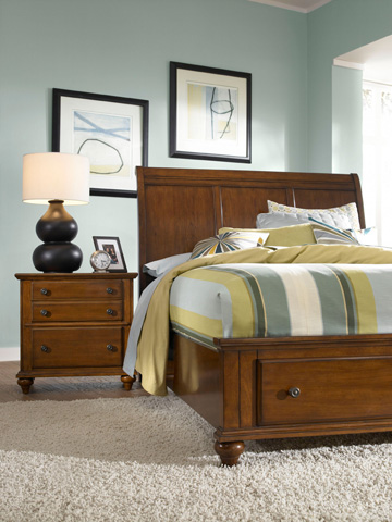 Broyhill Furniture - Hayden Place Light Cherry Nightstand - 4648-292
