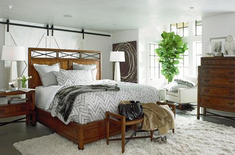 Thomasville Furniture - Five Drawer Chest - 82811-311