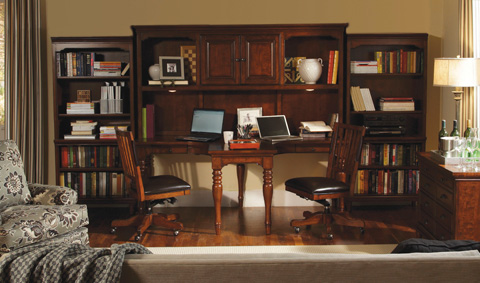 Aspenhome - T Desk and Hutch - I20-380