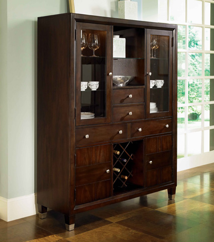 Broyhill Furniture - Dining Storage and Display Chest - 5312-60