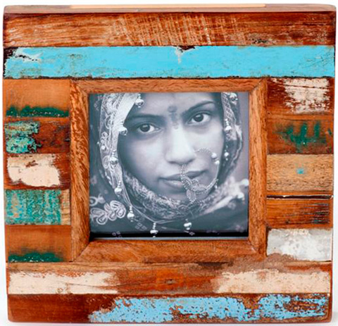 Dovetail Furniture - Small Frame with Photo - NE209