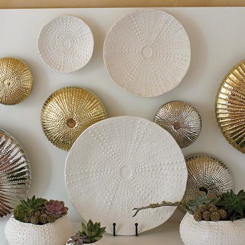 Global Views - Ceramic Urchin Platter - 3.31151