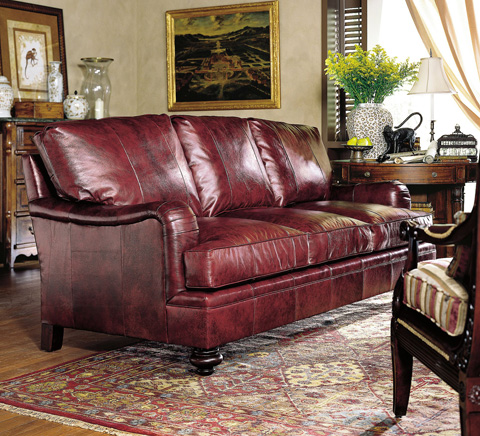 Henredon - Fireside Round Arm Sofa with Turned Feet - L4000-C