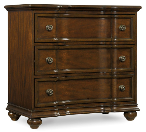 Hooker Furniture - Leesburg Three Drawer Bachelors Chest - 5381-90017