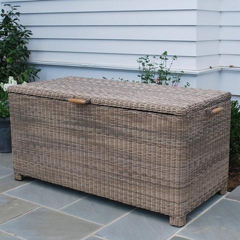 Kingsley-Bate - Sag Harbor Cushion Box - SH67