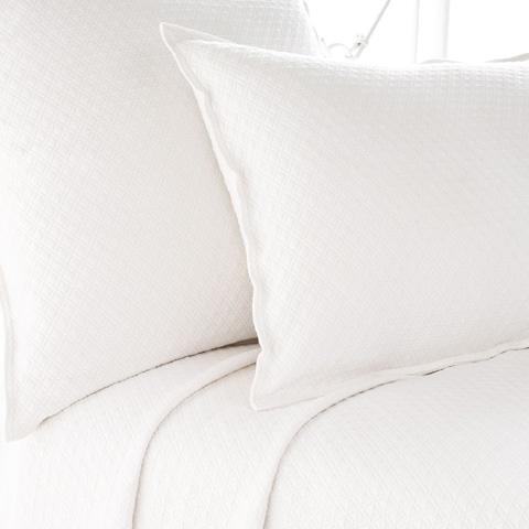 Pine Cone Hill, Inc. - Diamond White Matelassé Coverlet in Queen - M15WQ
