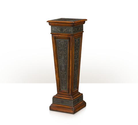 Theodore Alexander - The Armoury Column - 1721-002