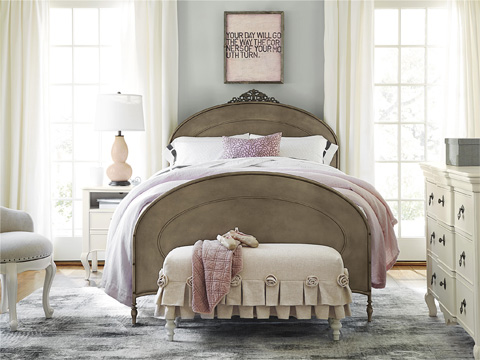 Universal - Smart Stuff - Genevieve Bed Bench - 434A075